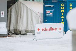 THEMENBILD - seit 18. Jänner werden vom Roten Kreuz kostenlose Corona Schnelltests im Ferry Porsche Congress Center angeboten, aufgenommen am 18. Jänner 2021, Zell am See, Österreich // Corona Teststation for all citizens on 2021/01/18, Zell am See, Austria. EXPA Pictures © 2021, PhotoCredit: EXPA/ Stefanie Oberhauser