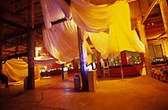 New York. Brroklyn. Lunatarium artist place in  Dumbo, the city east river and Brooklyn bridge seen from New York  Usa /  Dumbo, New York l'East river et le pont de Brooklyn vue depuis  le lunatarium  New York  USa
