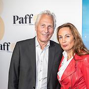 NLD/Amsterdam/20171008 - Première Kleine IJstijd, Ivan Wolffers en partner Marion Bloem