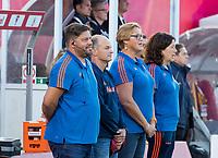ANTWERPEN -  bondscoach Max Caldas (Ned)  , assistent-coach Taco van den Honert (Ned) , teamarts Conny van Bentum (Ned) en   voor  hockeywedstrijd  mannen ,Nederland-Duitsland (3-2) ,   bij het Europees kampioenschap hockey.   COPYRIGHT KOEN SUYK