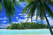 Blue Lagoon, Rangiroa, French Polynesia<br />