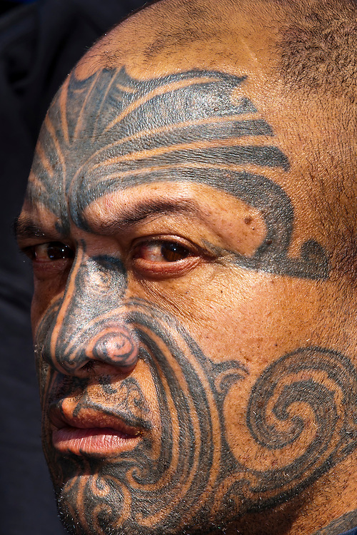 Maori man with ta moko (facial tatoo), Manurewa Sunday Market, Auckland, New Zealand