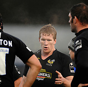 Wycombe. GREAT BRITAIN, Tom REES, makes a point during a break in play, during the, Guinness Premiership game between, London Wasps and Leicester Tigers on 25/11/2006, played at  Adams<br />  Park,<br />  ENGLAND. Photo, Peter Spurrier/Intersport-images]