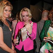 NLD/Amsterdam/20120503 - Lancering Rafael Magazine, Antoinette Scheulderman en Eva Jinek