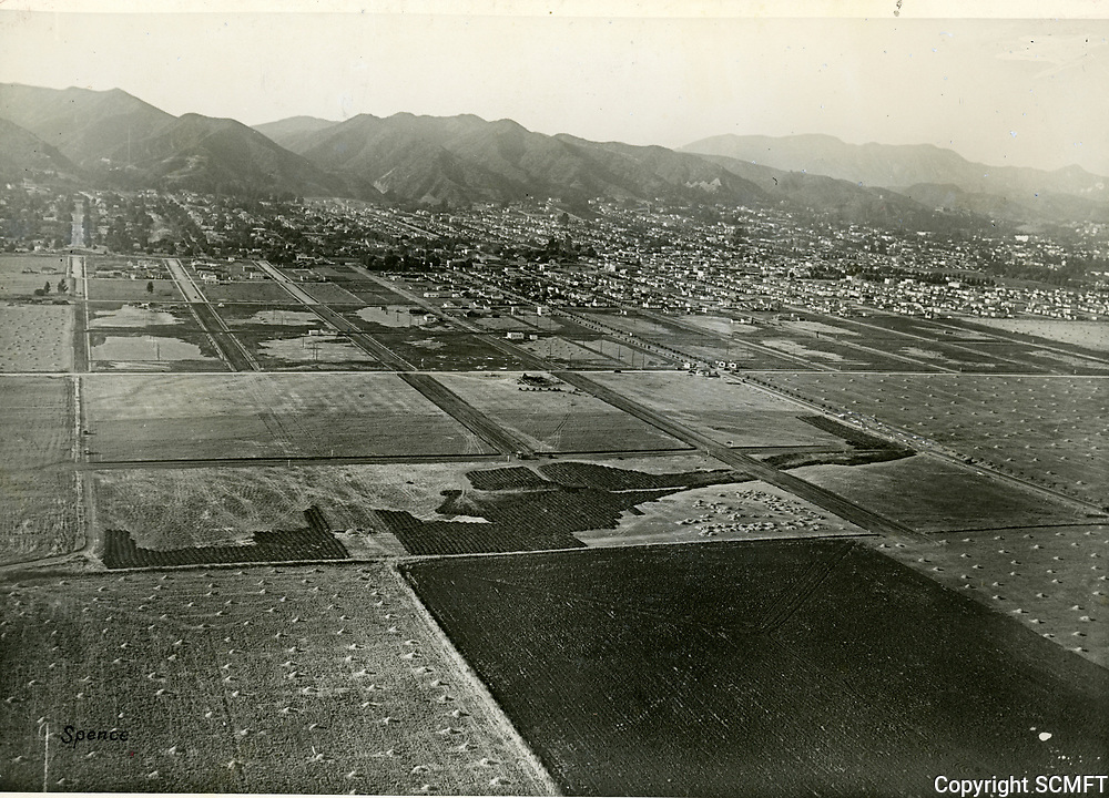 1922 Looking north at Melrose Ave. & Fairfax Ave.