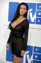 Kim Kardashian arriving at the MTV Video Music Awards at Madison Square Garden in New York City, NY, USA, on August 28, 2016. Photo by ABACAPRESS.COM  | 560634_007 New York City Etats-Unis United States