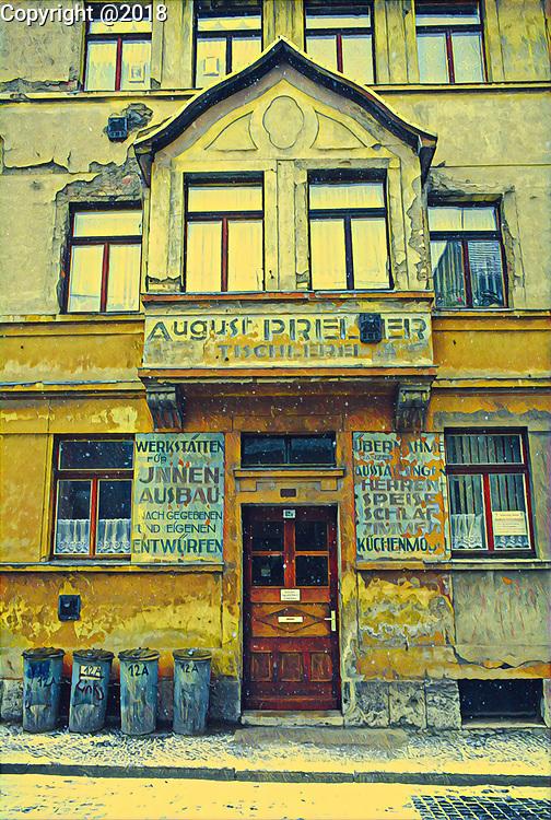 Wiemar Germany - a backstreet