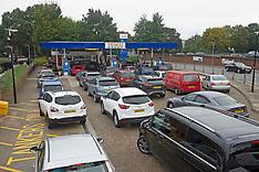2021_10_08_Petrol_shortage_LNP