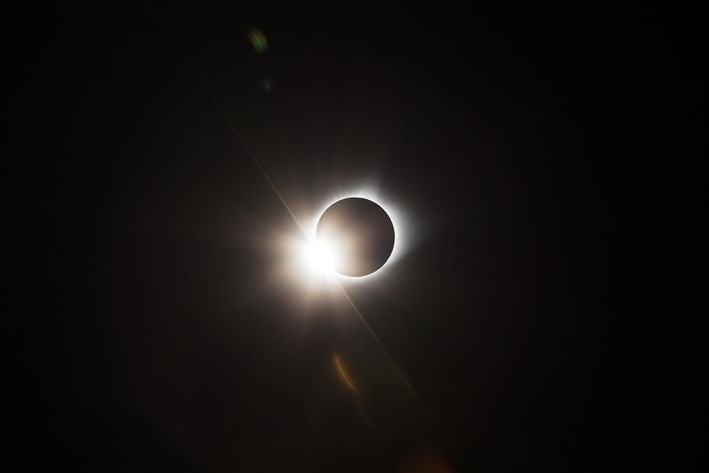 https://Duncan.co/total-solar-eclipse-diamond-ring-02