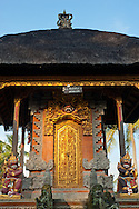 A traditional Balinese village temple neighbors the Fivelelements property.
