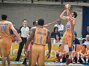 DESCRIZIONE : Campionato 2014/15 Acqua Vitasnella Cantu' - EA7 Emporio Armani Olimpia MIlano<br /> GIOCATORE : Stefano Gentile<br /> CATEGORIA : tiro three points controcampo<br /> SQUADRA : Acqua Vitasnella Cantu'<br /> EVENTO : LegaBasket Serie A Beko 2014/2015<br /> GARA : Acqua Vitasnella Cantu' - EA7 Emporio Armani Olimpia MIlano<br /> DATA : 16/04/2015<br /> SPORT : Pallacanestro <br /> AUTORE : Agenzia Ciamillo-Castoria/R.Morgano<br /> Predefinita :