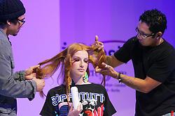 Show Avlon - Tecnologia Cosmética Aplicada com apresentação do stylist Neeko na Hair Brasil 2007, maior evento de beleza da América Latina, realizado de 13 a 17 de abril, no Expo Center Norte, na zona norte de São Paulo. FOTO: Jefferson Bernardes/Preview.com