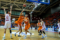 24-11-2017 NED: WC qualification Netherlands - Croatia, Almere<br /> First Round - Group D at the arena Topsportcentrum / Yannick Franke #0 of Netherlands, Nick Oudendag #14 of Netherlands