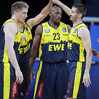 #23 Rickey Paulding von Baskets Oldenburg , #3 Braydon Hobbs von Baskets Oldenburg <br /> Basketball, nph0001 1.Bundesliga BBL-Finalturnier 2020.<br /> Halbfinale Spiel 2 am 24.06.2020.<br /> <br /> Alba Berlin vs EWE Baskets Oldenburg <br /> Audi Dome<br /> <br /> Foto: Christina Pahnke / sampics  / POOL / nordphoto<br /> <br /> National and international News-Agencies OUT - Editorial Use ONLY