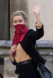 © Licensed to London News Pictures. 22/07/2020. London, UK. American actress AMBER HEARD arrives at the High Court in London, where Johnny Depp is in a legal dispute with UK tabloid newspaper The Sun over allegations he assaulted his former wife, Amber Heard. Photo credit: Ben Cawthra/LNP