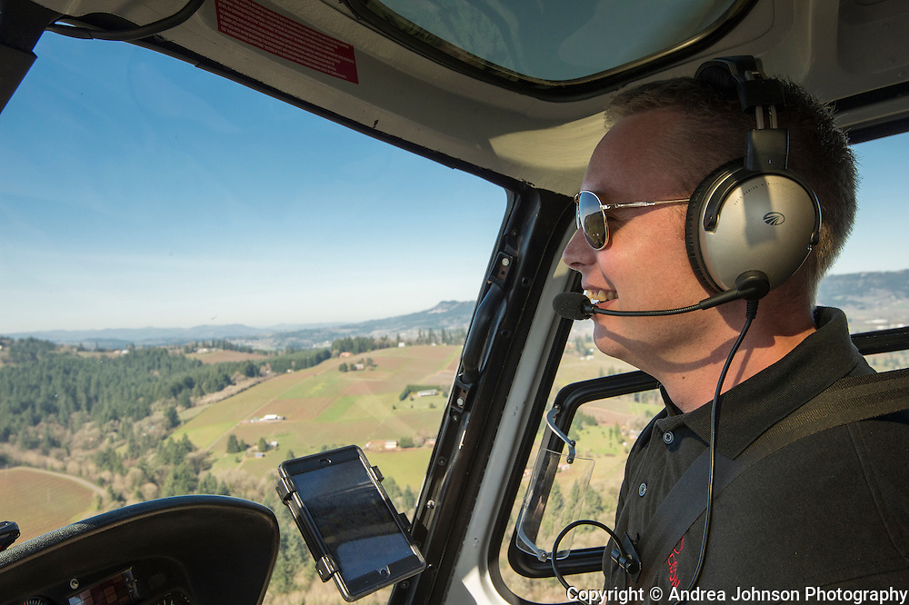 Precision Helicopters Tour DeVine by Heli custom helicopter tours of Oregon's wine country, Willamette Valley, Oregon