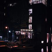 NLD/Amsterdam/200801010 - Premiere Sunset Boulevard, achterzijde theater Carre s'nachts