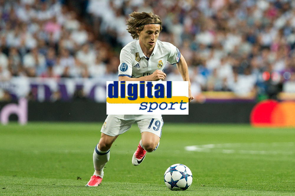Luka Modric of Real Madrid during the match of Champions League between Real Madrid and FC Bayern Munchen at Santiago Bernabeu Stadium  in Madrid, Spain. April 18, 2017. (ALTERPHOTOS)