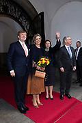 Koning Willem-Alexander en koningin Maxima bezoeken het Rathuis en worden ontvangen door burgemeester Sieling tijdens een werkbezoek aan de Vrije Hanzestad Bremen.<br /> <br /> King Willem-Alexander and Queen Maxima visit the Rathuis and are received by Mayor Sieling during a working visit to the Free Hanseatic City of Bremen.
