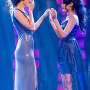 NLD/Hilversum/20171009 - Finale Miss Nederland 2017, winnares Nicky Opheij en runnerup Deborah van Hemert