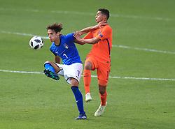 Italy U17's Samuele Ricci and Netherlands U17's Mohammed Ihattaren