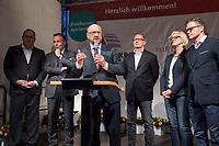 25 SEP 2017, BERLIN/GERMANY:<br /> Harald Christ, Schatzmeister SPD Wirtschaftsforum, Thomas Oppermann, MdB, SPD, scheidender Fraktionsvorsitzender, Martin Schulz, SPD Parteivorsitzender, Johannes Kahrs, MdB, SPD, Sprecher Seeheimer Kreis, Dagmar Ziegler, MdB, SPD, Sprecherin Seeheimer Kreis, (v.L.n.R.), Gartenfest des Seeheimer Kreises der SPD, Garten der Deutsche Parlamentarischen Gesellschaft<br /> IMAGE: 20170925-01-145<br /> KEYWORDS: Sommerfest, Rede, speech