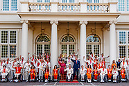 Koning en prinses Margriet ontvangen medaillewinnaars Paralympische Spelen