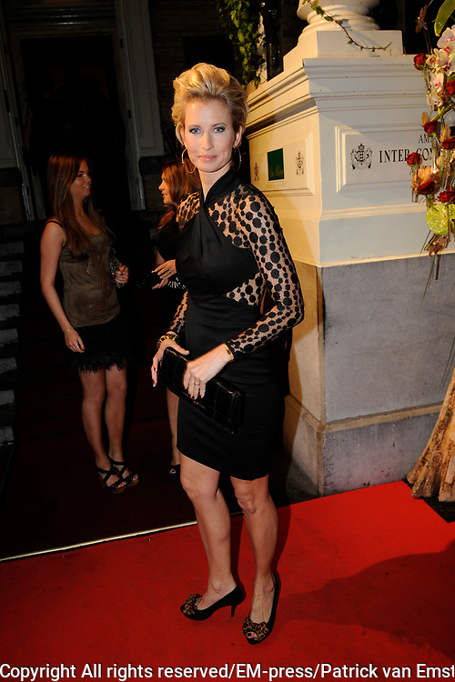 Uitreiking Beau Monde Awards in het Amstel Hotel, Amsterdam.<br /> <br /> Op de foto:  Anouk Smulders