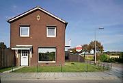 Nederland, Haalderen, 12-10-2018Huis die te koopin een landelijke gemeente, dorp, platteland .Foto: Flip Franssen