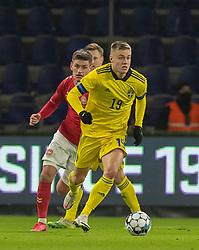 Mattias Svanberg (Sverige) under venskabskampen mellem Danmark og Sverige den 11. november 2020 på Brøndby Stadion (Foto: Claus Birch).
