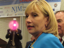 August 15, 2017 - Mount Laurel, New Jersey, United States - Candidate for New Jersey Governor, Lieutenant Governor of New Jersey Kim Guadagno delivers remarks to an audience in Mount Laurel, NJ on August 15, 2017. (Credit Image: © Kyle Mazza/NurPhoto via ZUMA Press)