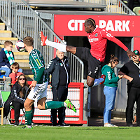 26.10.2019, Stadion Lohmühle, Luebeck, GER, Regionalliga Nord VFB Lübeck/Luebeck vs Hannover 96 II <br /> <br /> DFB REGULATIONS PROHIBIT ANY USE OF PHOTOGRAPHS AS IMAGE SEQUENCES AND/OR QUASI-VIDEO.<br /> <br /> im Bild / picture shows<br /> Tommy Grupe (VfB Luebeck) im Zweikampf gegen Moussa Doumbouya (Hannover 96 II)<br /> <br /> Foto © nordphoto / Tauchnitz