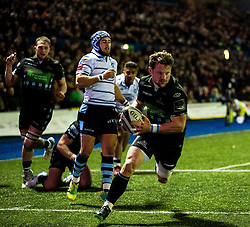 Peter Horne of Glasgow Warriors scores his sides third try<br /> <br /> Photographer Simon King/Replay Images<br /> <br /> Guinness PRO14 Round 15 - Cardiff Blues v Glasgow Warriors - Saturday 16th February 2019 - Cardiff Arms Park - Cardiff<br /> <br /> World Copyright © Replay Images . All rights reserved. info@replayimages.co.uk - http://replayimages.co.uk