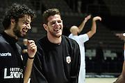 DESCRIZIONE : Bologna Lega A 2015-16 Obiettivo Lavoro Virtus Bologna Pasta Reggia Juve Caserta<br /> GIOCATORE : Valerio Amoroso Michele Vitali<br /> CATEGORIA : Before Pregame Fair Play Curiosità<br /> SQUADRA :Obiettivo Lavoro Virtus Bologna Pasta Reggia Juve Caserta<br /> EVENTO : Lega A 2015-16 Obiettivo Lavoro Virtus Bologna Pasta Reggia Juve Caserta<br /> GARA : Obiettivo Lavoro Virtus Bologna Pasta Reggia Juve Caserta<br /> DATA : 01/11/2015<br /> SPORT : Pallacanestro<br /> AUTORE : Agenzia Ciamillo-Castoria/GiulioCiamillo<br /> Galleria : Lega Basket A 2015-2016<br /> Fotonotizia : Lega A 2015-16 Obiettivo Lavoro Virtus Bologna Pasta Reggia Juve Caserta<br /> Predefinita :