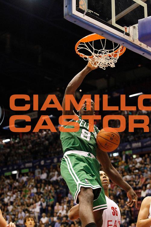 DESCRIZIONE : Milano Nba Europe Live Tour 2012 Ea7 Emporio Armani Milano Boston Celtics<br /> GIOCATORE : Jeff Green<br /> CATEGORIA : Schiacciata Super Sequenza<br /> SQUADRA : Boston Celtics<br /> EVENTO : Campionato Lega A 2012-2013<br /> GARA : Ea7 Emporio Armani Milano Boston Celtics<br /> DATA : 07/10/2012<br /> SPORT : Pallacanestro <br /> AUTORE : Agenzia Ciamillo-Castoria/G.Cottini<br /> Galleria : Lega Basket A 2012-2013  <br /> Fotonotizia : Milano Nba Europe Live Tour 2012 Ea7 Emporio Armani Milano Boston Celtics<br /> Predefinita :