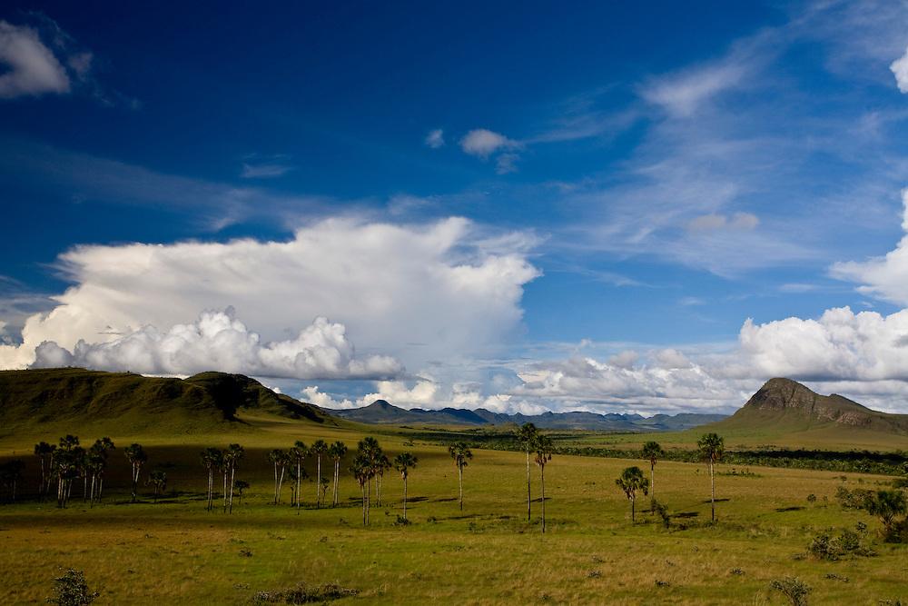 Alto Paraiso de Goias_GO, Brasil...Paisagem no Parque Nacional da Chapada dos Veadeiros...The landscape in the Chapada dos Veadeiros National Park...Foto: JOAO MARCOS ROSA / NITRO..