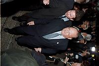 26.02.1999, Deutschland/Königswinter:<br /> Jean-Luc Dehaene, Premierminister belgien, auf dem Weg zur Pressekonferenz zum Informellen Treffen der Staats- und regierungschefs der Europäischen Union, Pressezentrum, Königswinter<br /> IMAGE: 19990226-02/01-08