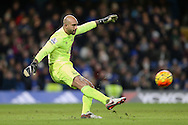 Goalkeeper Tim Howard of Everton taking a goal kick. Barclays Premier league match, Chelsea v Everton at Stamford Bridge in London on Saturday 16th January 2016.<br /> pic by John Patrick Fletcher, Andrew Orchard sports photography.