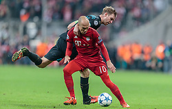 04.11.2015, Allianz Arena, Muenchen, GER, UEFA CL, FC Bayern Muenchen vs FC Arsenal, Gruppe F, im Bild v.l.: Arjen Robben (FC Bayern), Per Mertesacker (FC Arsenal) // during the UEFA Champions League group F match between FC Bayern Munich and FC Arsenal at the Allianz Arena in Munich, Germany on 2015/11/04. EXPA Pictures © 2015, PhotoCredit: EXPA/ JFK