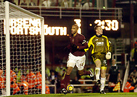 Photo: Leigh Quinnell.<br /> Arsenal v Portsmouth. The Barclays Premiership.<br /> 28/12/2005. Thierry Henry scores a penalty for Arsenal.