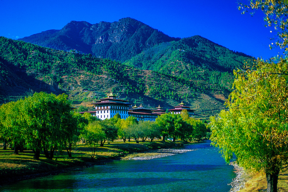 Tashi Chodzong (seat of the Bhutanese Central Government).