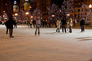 Chicago Illinois USA, Ice skating at Millennium park, downtown Chicago, night shot December 2006
