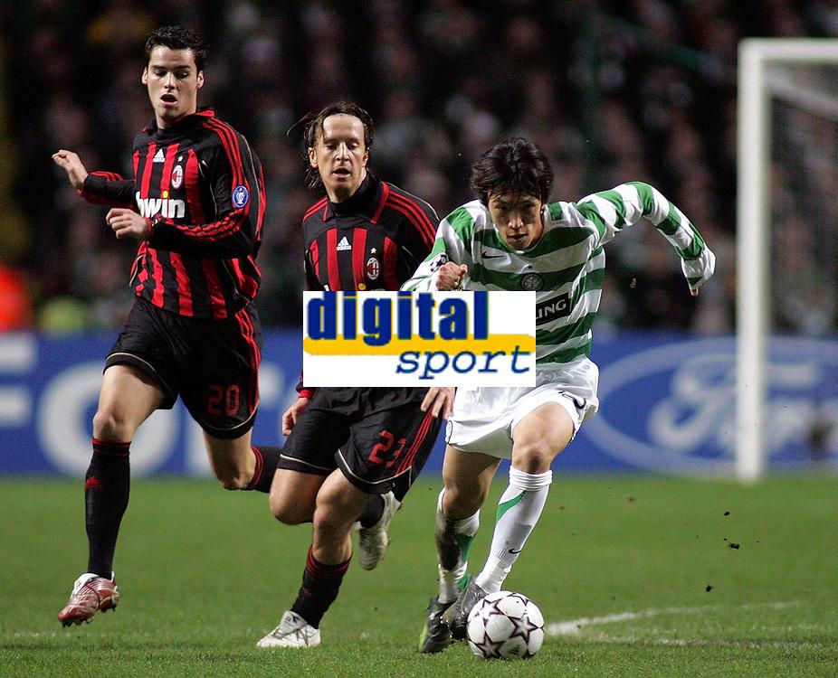 Photo: Paul Thomas.<br /> Glasgow Celtic v AC Milan. UEFA Champions League. Last 16, 1st Leg. 20/02/2007.<br /> <br /> Shunsuke Nakamura (R) of Celtic evades Andrea Pirlo (21) and Yoann Gourcuff.