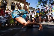 Sao Joao Del Rei_MG, Brasil...Carnaval nas cidades historicas de Minas Gerais. Na foto, o bloco da Cambalhota circulando pela regiao historica da cidade...The carnival in the historical city of Minas Gerais. In this photo, the Cambalhota carnival block in the historical center...Foto: LEO DRUMOND / NITRO.