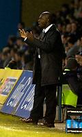 Photo: Alan Crowhurst.<br />Gillingham v Swindon Town. Coca Cola League 1. 14/01/2006. <br />Swindon boss Iffy Onoura isn't happy.