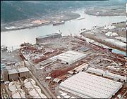 "ackroyd_C08263-09. ""International Terminal. aerial. December 22, 1992"" (old Oregon Shipyard site, St. Johns, DEQ Site ID 2355, International Terminals, North Burgard Industrial Park, Old Oregon Shipyard, Schnitzer Burgard Industrial Park)"