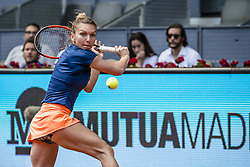 May 9, 2017 - Madrid, Madrid, Spain - SIMONA HALEP (ROU) returns the ball to Roberta Vinci (ITA) in round 2 of the 'Mutua Madrid Open' 2017. Halep won 6:3, 2:6, 7:6 (Credit Image: © Matthias Oesterle via ZUMA Wire)