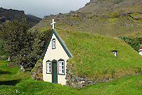 Islande. Ancienne eglise de Hof.  // Iceland. Hof old Church.