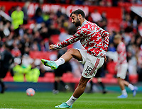 Football - 2021 / 2022 Pre-Season Friendly - Manchester United vs Everton - Old Trafford - Saturday 7th August 2021<br /> <br /> Bruno Fernandes of Manchester United warms up before the kick off, at Old Trafford.<br /> <br /> COLORSPORT/ALAN MARTIN