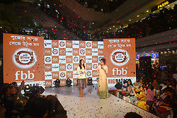 August 26, 2017 - Kolkata, West Bengal, India - Indian Film Actress Yami Gautam unveils FBB Big Bazaar Pujo collection at Lake Mall Big Bazaar store on August 26, 2017 in Kolkata. (Credit Image: © Saikat Paul/Pacific Press via ZUMA Wire)